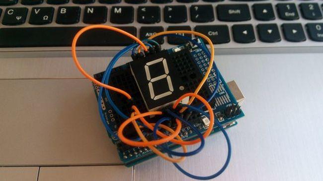 #52 Seven Segment Display και Arduino