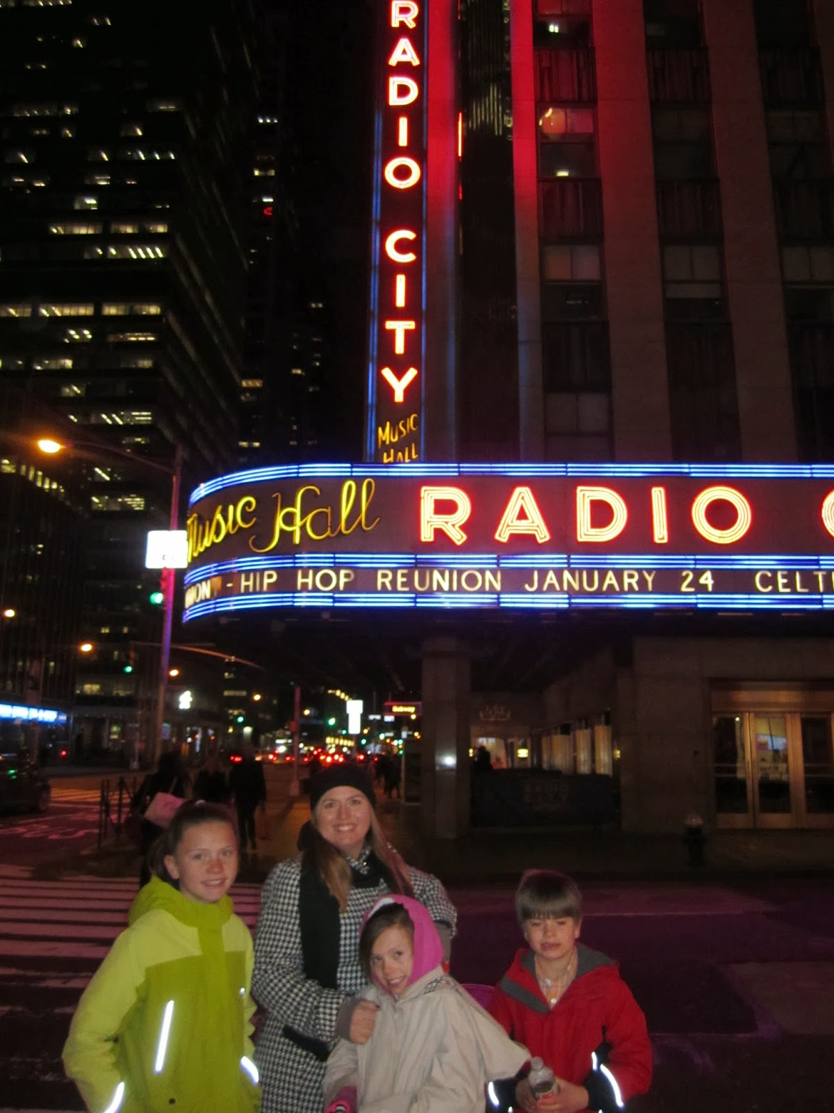 radio city music hall, new york city, family smiling
