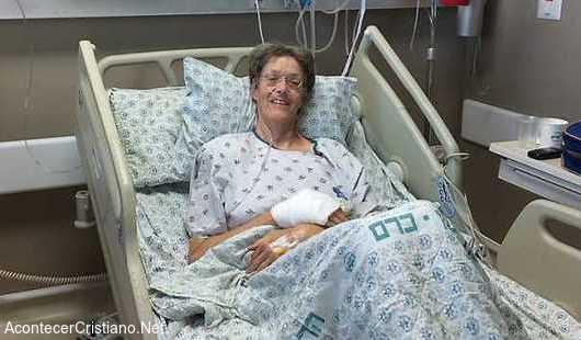 Mujer apuñalada por terrorista palestino