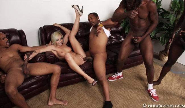 nude Jessica Nigri xxx