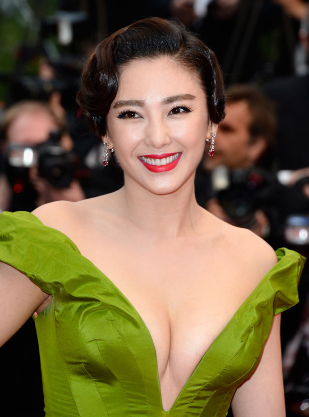 Zhang Yuqi (张雨绮 Zhāng yǔ qǐ) – 'The Great Gatsby' Cannes Film Festival Premiere