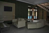 sewa villa di puncak green apple tipe hanjawar 10 kamar tidur kolam renang pribadi