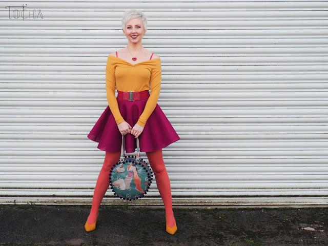 Kamasutra, Justyna Anna Smółka, Washpapa, pompoms, vegan leather, washable paper, kraft-tex, artist, women artists, art meets fashion, handbag, vegan, vegan handbag, eco fashion, slow fashion,