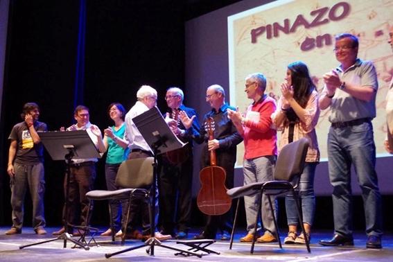 Tots els participants al recital
