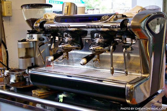 IMG 2442 - 台中西區│瑰蜜。黑沃咖啡最新品牌聯名款。除了特調、歐蕾、手沖咖啡,也有果昔可以選擇唷