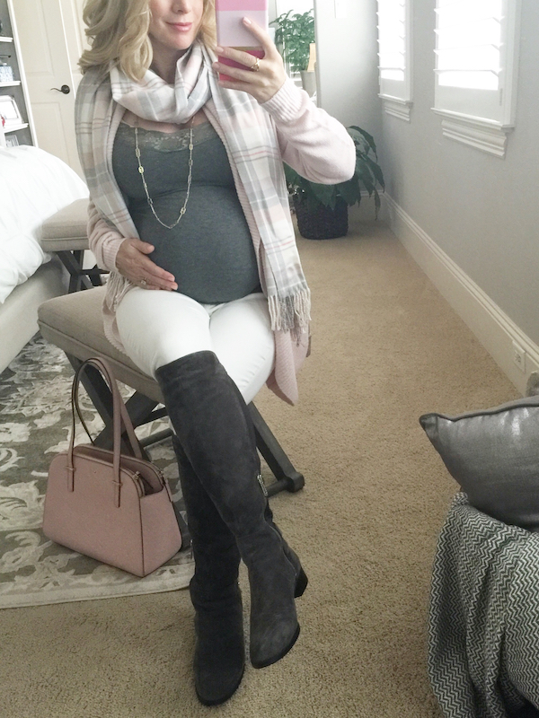Fall outfit inspiration, pink, grey, and white #pregnancystyle #dressingthebump