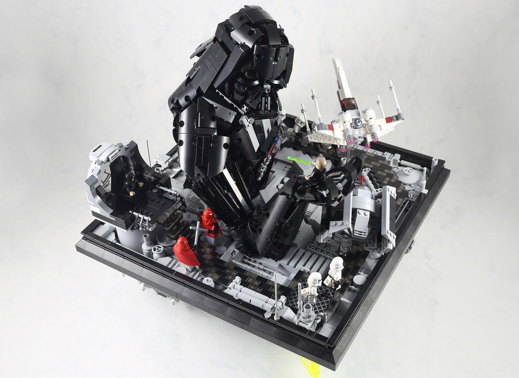 Super punch star wars lego sculpture - Image star wars lego ...