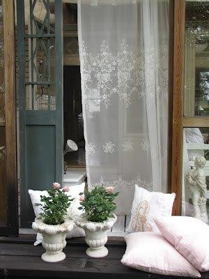 Eye For Design Decorate With Lace For Romantic Interiors