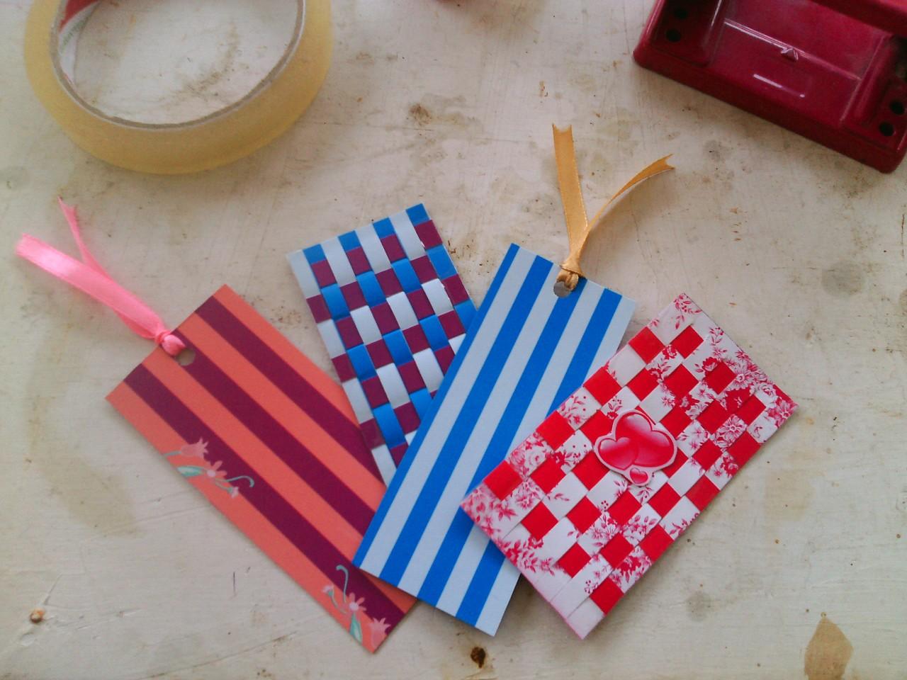 Tutorial Membuat Bookmark/Pembatas Buku Dari Kertas