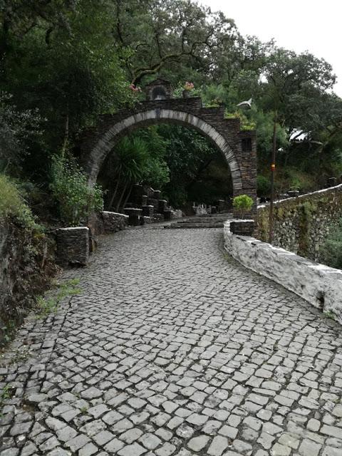 Entrada para o Santuário