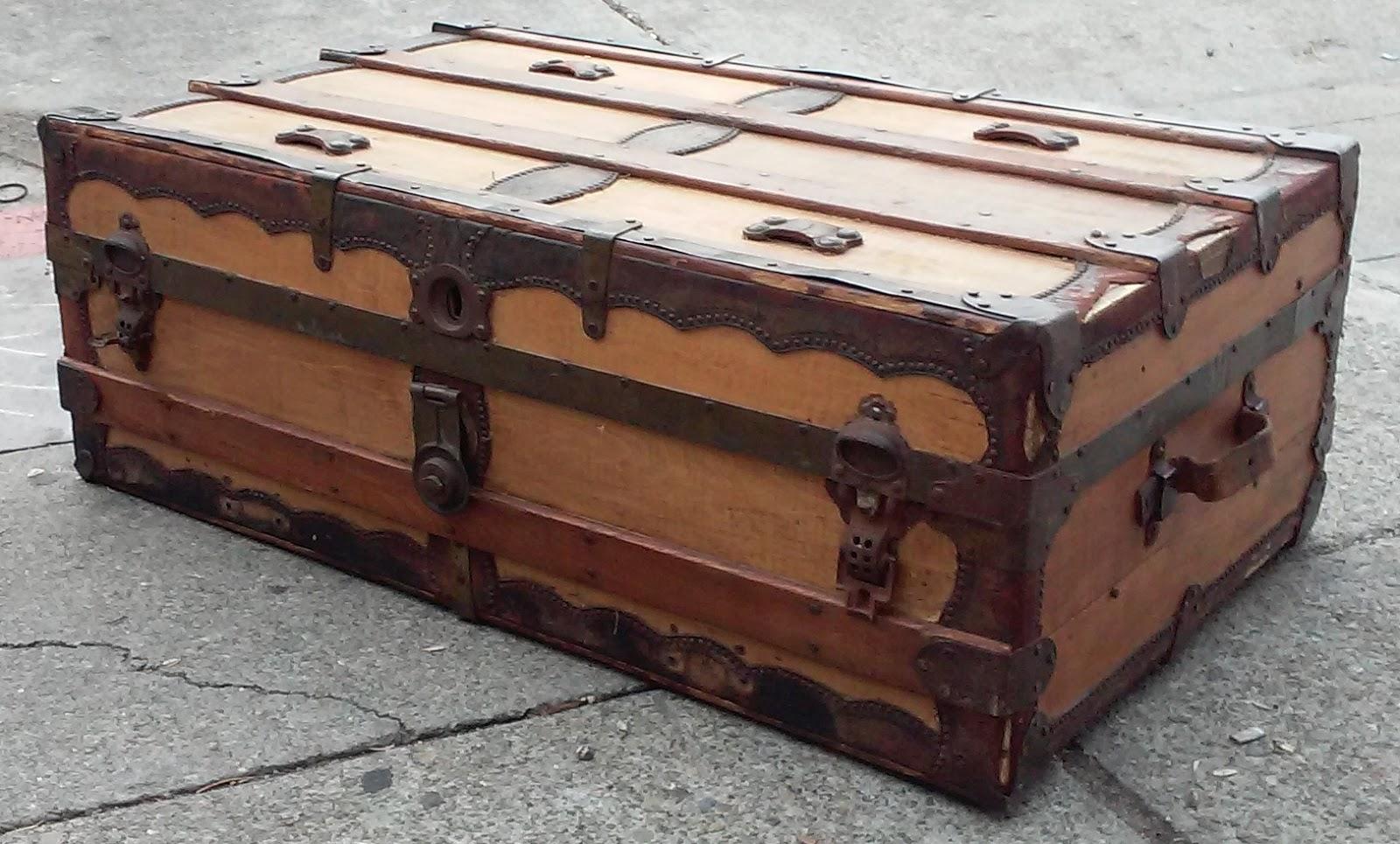 Uhuru Furniture Collectibles Sold 22432 Antique 3 Wide