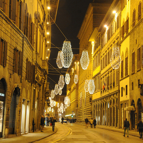 Christmas In Florence Italy.Adventures Of A Curious Gal Christmas Lights In Florence