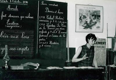 """Sabine Azéma au musée en repérage avant le tournage de """"O'Carroll !"""" (collection musée)"""