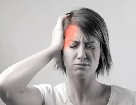 Beberapa Makanan Dan Minuman Penyebab Migrain