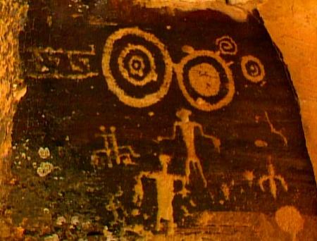 Arte antiguo de los Hopi. ¿Se trata de tecnología antigua traída por sus dioses?