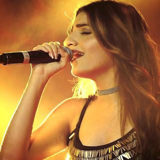 Prakriti Kakar Hot Singer