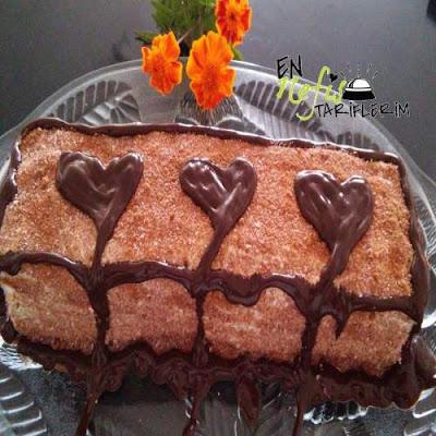 Bisküvili Pasta Tarifi Kremşantili