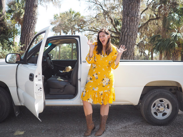 Outfit Moment: Yellow Dress and a Pickup Truck.