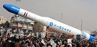 η εκτόξευση διαστημικού πυραύλου από το Ιράν