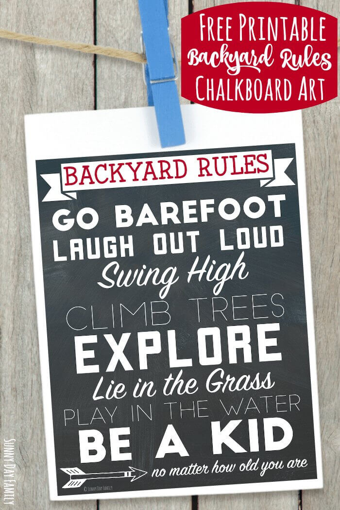Free printable wall art celebrating backyard fun! Perfect for families, this printable chalkboard wall art shows everything we love about playing in our backyard. Perfect for summer outdoor decorating!