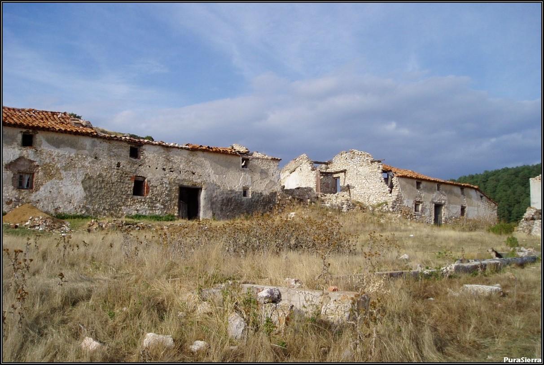 Villanueva De Las Tres Fuentes. Ruinas (6)