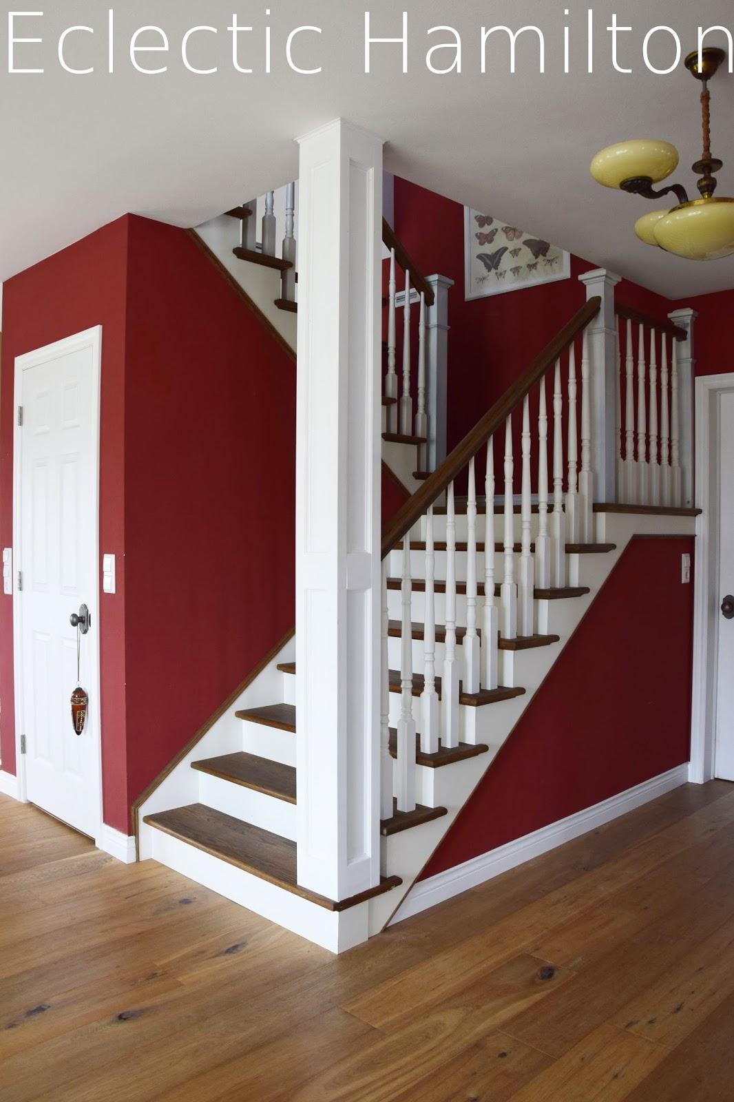die - Treppe Mitten Im Wohnzimmer