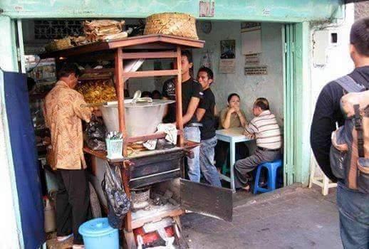 Warung soto gratiskan pelanggannya setiap jumat