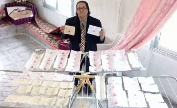 مهندس سوري من السويداء تبرع حتى الآن 76 مرة بدمه وأسس حساباً في بنك الدم ولديه دفتر شيكات