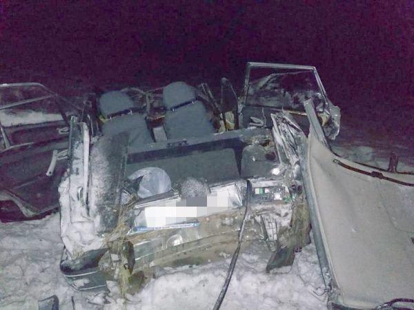 В Башкирии перевернулся ВАЗ-2114: один погиб, 4 пострадали