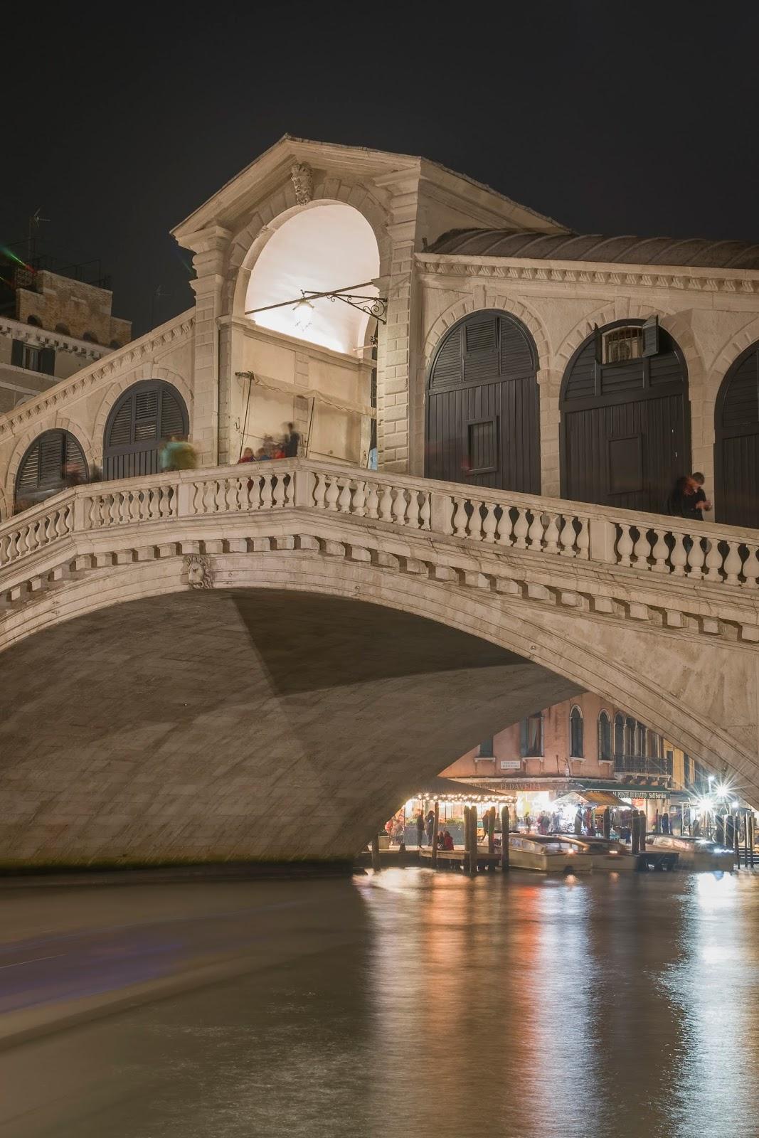 Pont Rialto Venise Italie