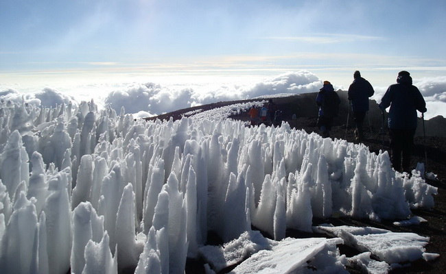 www.xvlor.com Mount Kilimanjaro is stratovolcano with peaks of Uhuru, Mawenzi and Shira