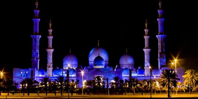 Ombak73 Masjid Paling Cantik Dan Mempersonakan Pada Waktu Malam Di Dunia 2015