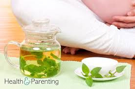 गर्भावस्था के दौरान मतली और उल्टी का उपचार | Vomiting during pregnancy in hindi