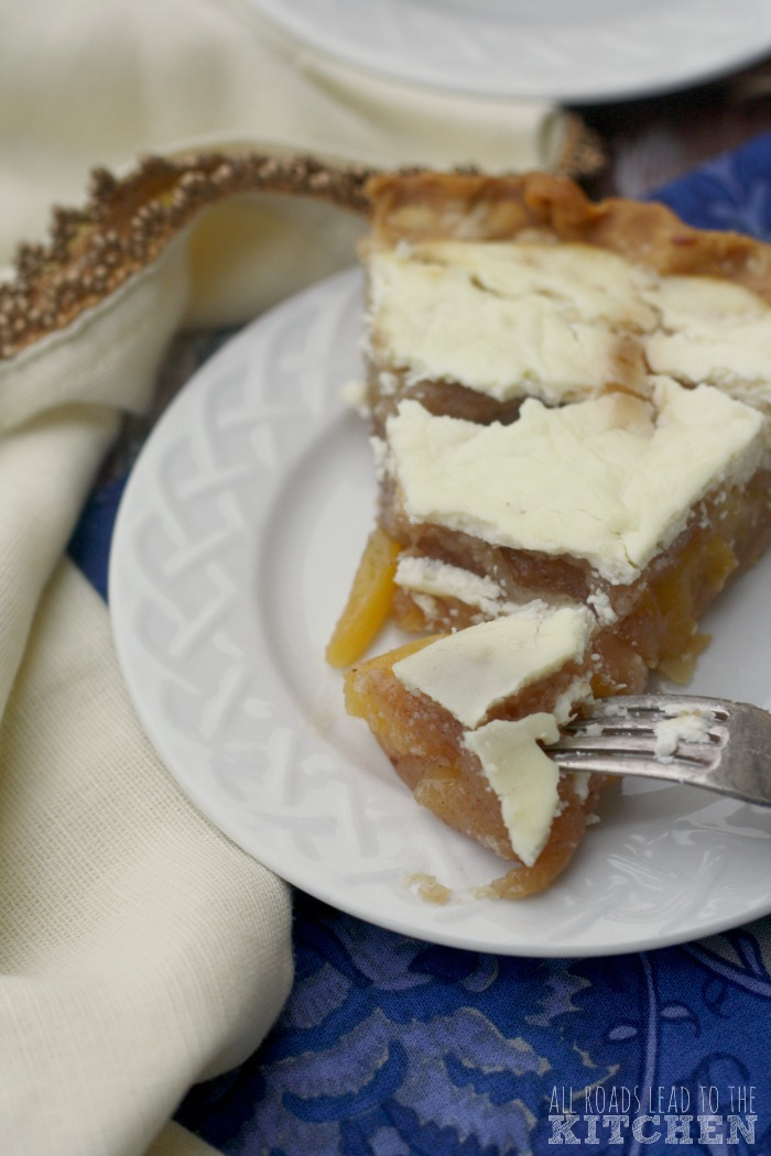 Spiced Sour Cream Peach Pie | Gilmore Girls