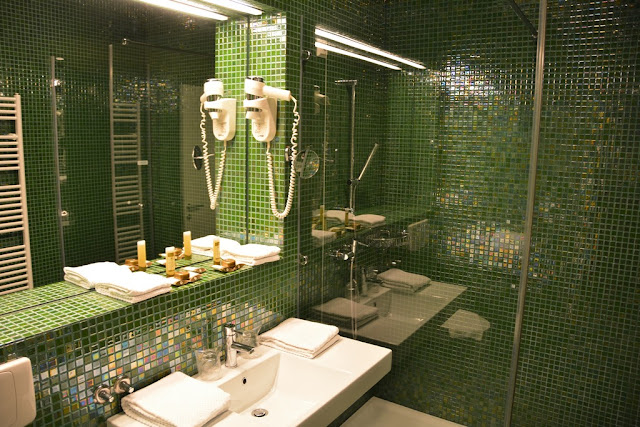 Rimske Therme Toplice bathroom
