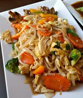 Midland Basil Thai Bistro Gluten Free Drunken Noodles