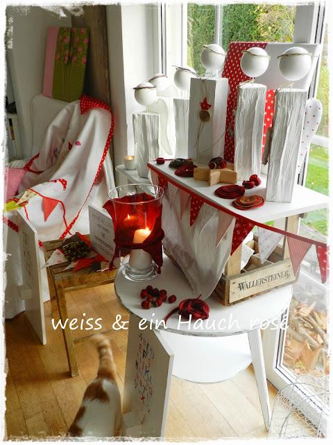 wei ein hauch ros adventskranz weihnachtsausstellung. Black Bedroom Furniture Sets. Home Design Ideas