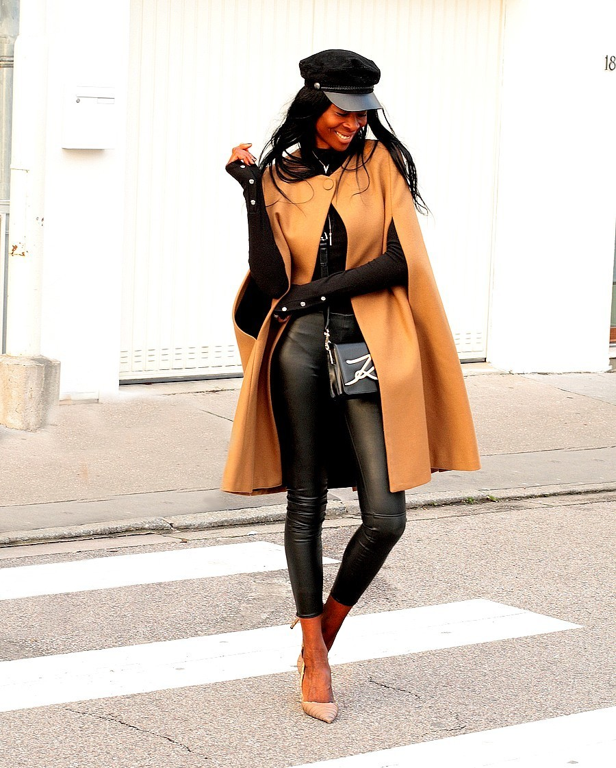 idee-look-cape-zara-legging-cuir-sac-karl-largerfeld