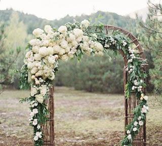 mẫu cổng hoa cưới đẹp nhất 12