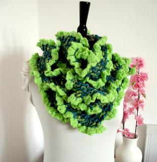 Rita Ruffles Knitting Scarf Patter