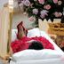 El funeral de Aretha Franklin vestida de rojo y con tacos ¡MIRA LAS FOTOS!