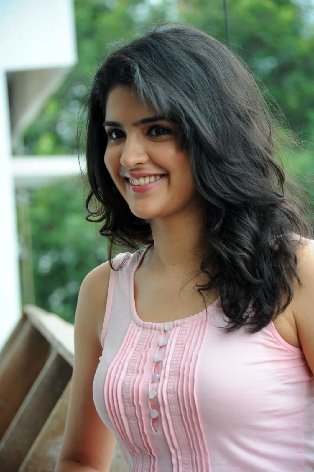 Cute deeksha in jeans & pink tops