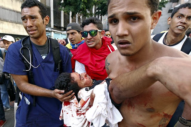 #SOSVenezuela: 20 dead in a few days full of hunger and violence for Maduro's madness
