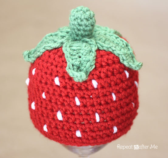 206940cb29b Crochet Strawberry Hat Pattern - Repeat Crafter Me