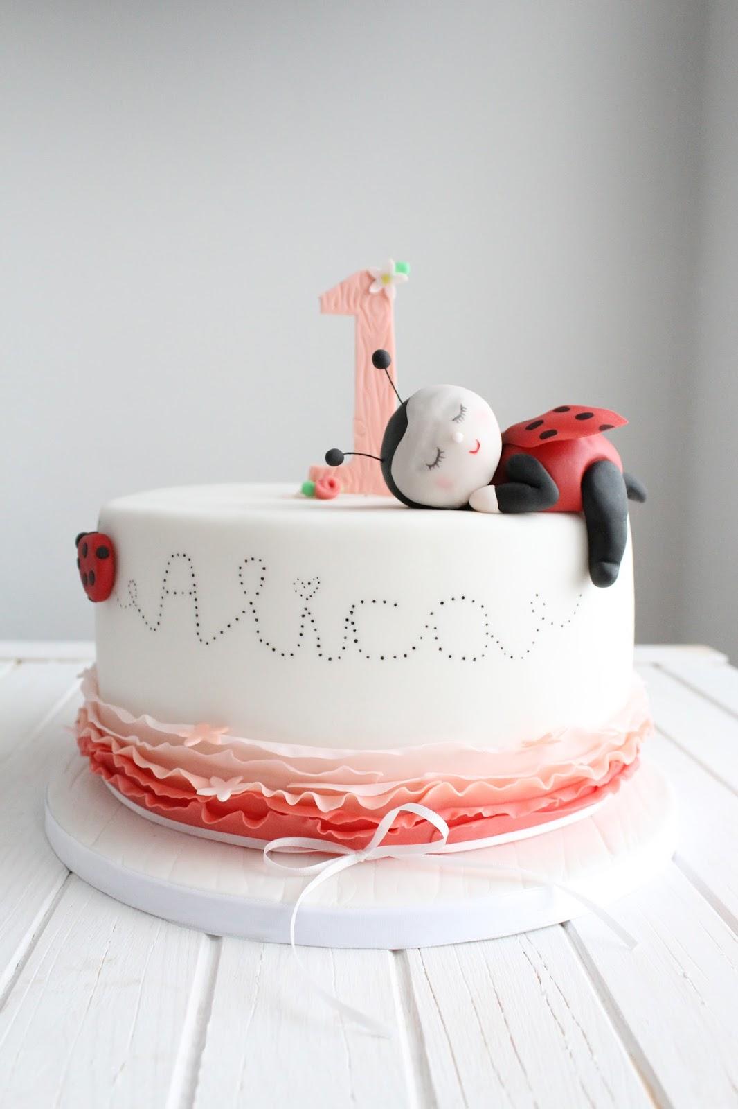 Feines Handwerk Marienkafer Torte Zum 1 Geburtstagstag Plus Anleitung