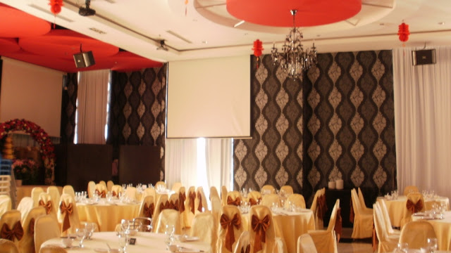 red ceiling yellow table chair covers