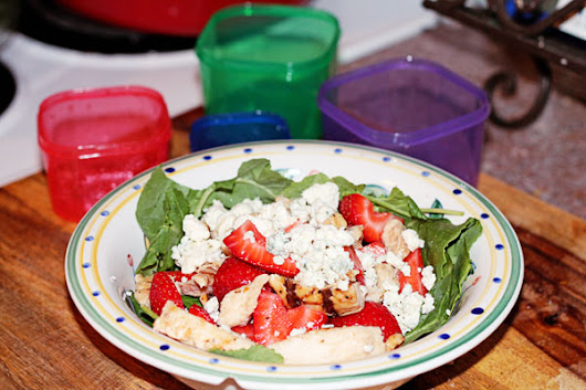 Simple Summer Dinner - Grilled Chicken and Strawberry Salad - 21 Day Fix Approved