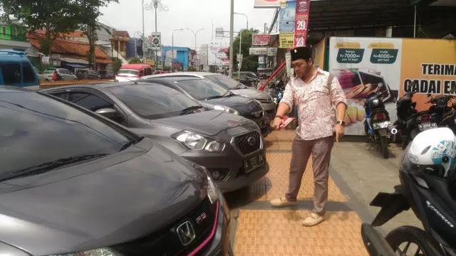 Hak Pejalan Kaki Dikebiri, Miris Trotoar di Kota Serang Jadi Lahan Parkir, Mau Tiru Jakarta?