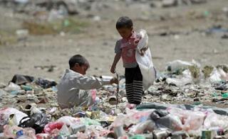 """السعودية و آل نهيان وأسوأ أزمة إنسانية في القرن """"الجديد"""" مع اليمن"""