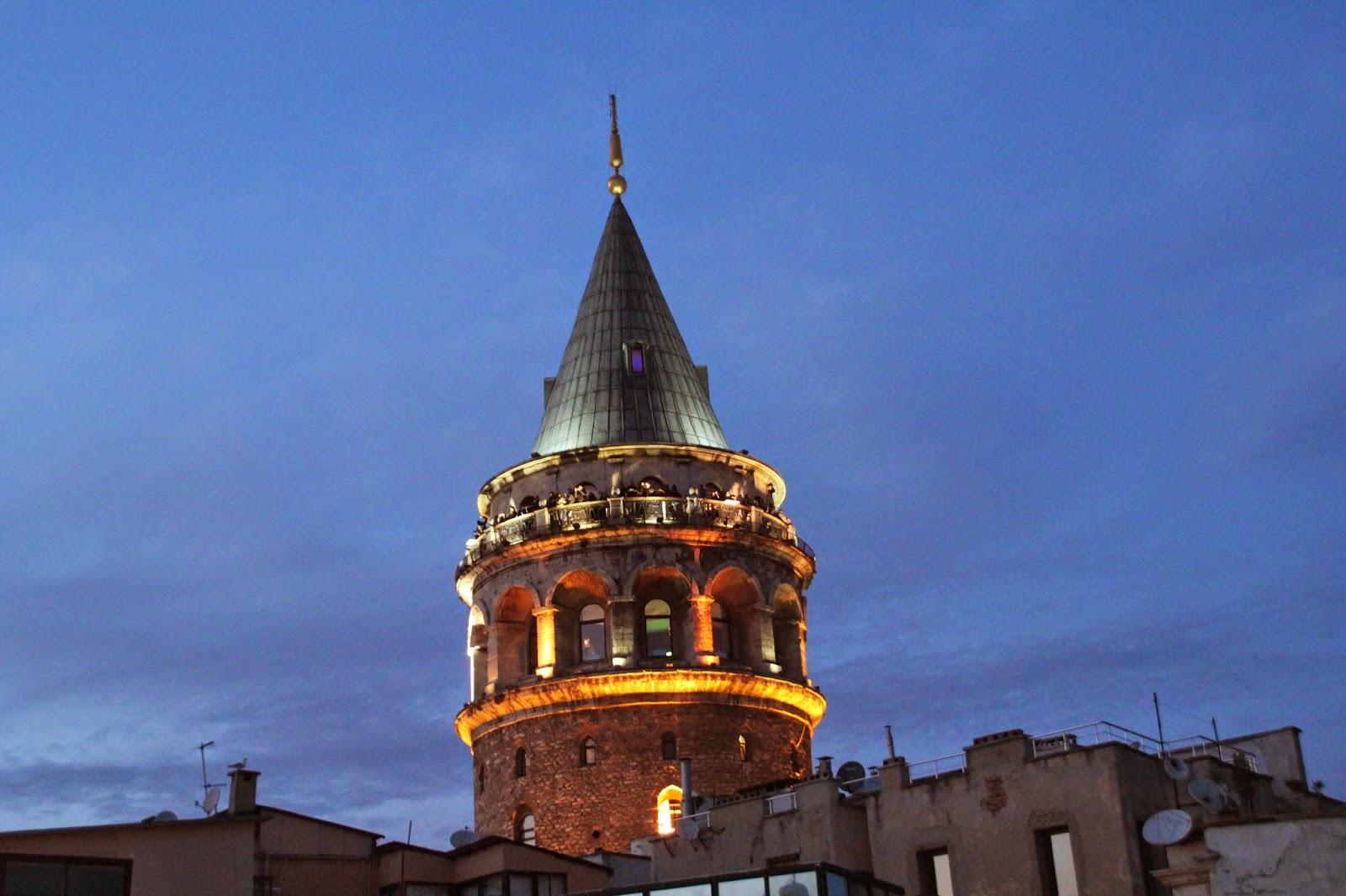 Torre Galata desde Terraza Galata Konak Cafe